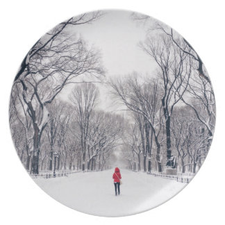 A Modern Little Red Riding Hood in Central Park Party Plate