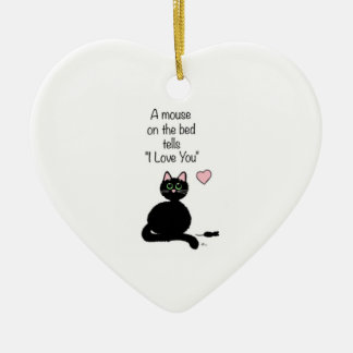 "A mouse on the bed tells ""I love you"" ornament"