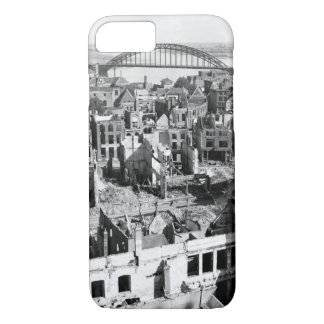 A panoramic view of the city of_War image iPhone 7 Case