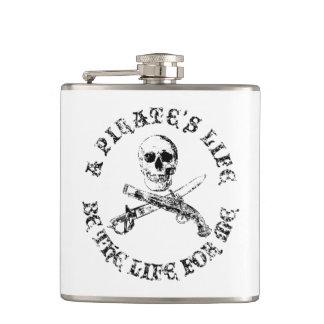 A Pirates Life skullflask_9 Flasks