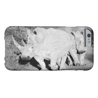 A Rhino mother and her calf in South Africa Barely There iPhone 6 Case