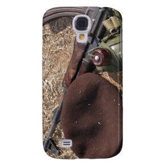 A rifle, military cover and canteen galaxy s4 case