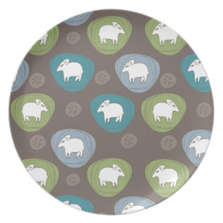 A sheep in ovals dinner plates