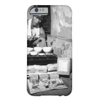 A soldier of the ROK Army eating_War Image Barely There iPhone 6 Case