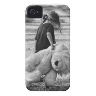 A time for a hug iPhone 4 cases