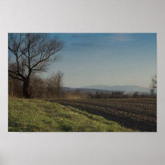 À travers les champs aux montagnes