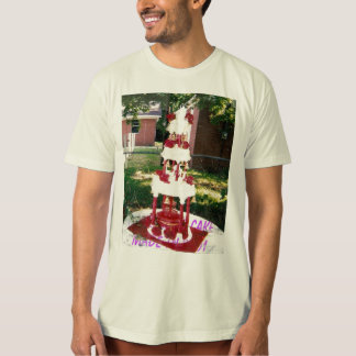 A wedding cake made in 2001, A wedding cake mad... T-Shirt