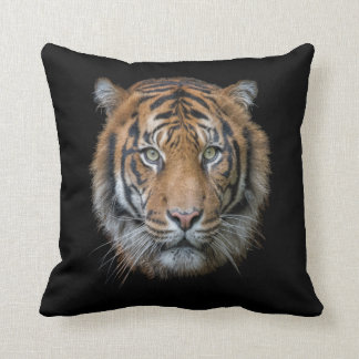 A wild Bengal Tiger face Throw Pillow