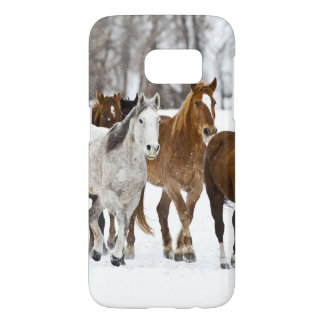 A winter scenic of running horses 2 samsung galaxy s7 case