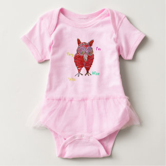 A wise owl item baby bodysuit