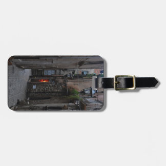 A Worker's Light Luggage Tag