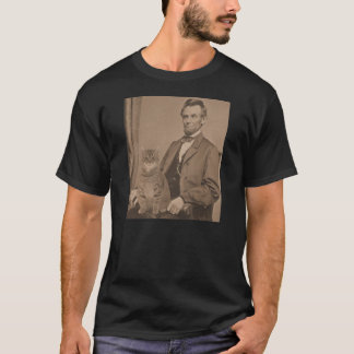 "Abraham Lincoln and his cat ""Gloria""  3 T-Shirt"