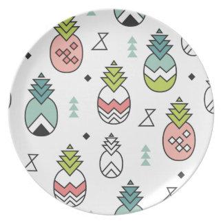 Abstract Geometric Pineapple Seamless Pattern Plate