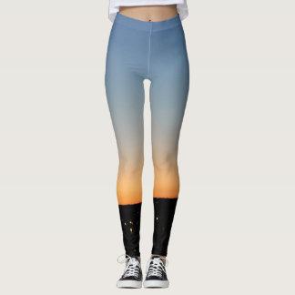 Abstract Legging