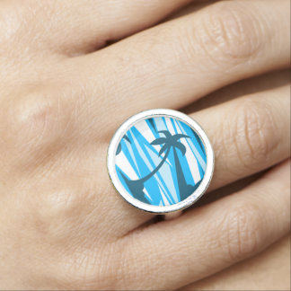 Abstract palm trees photo ring