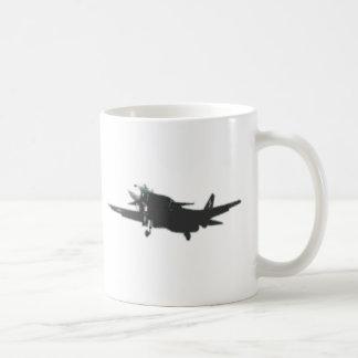 ABSTRACT PROP PLANE DESIGN COFFEE MUG