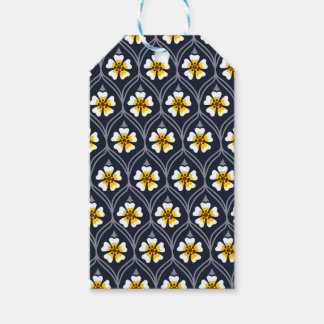 abstract white flower pattern pack of gift tags