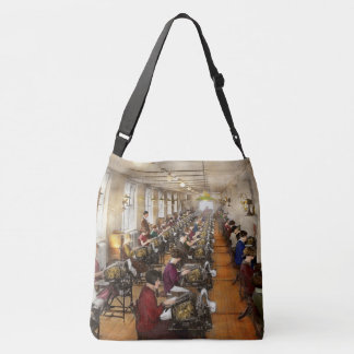 Accountant - The enumeration division 1924 Crossbody Bag