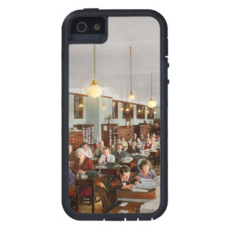 Accountant - Workaholic 1923 iPhone 5 Covers