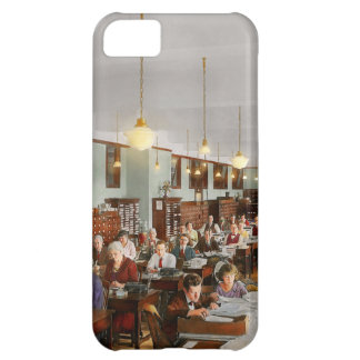 Accountant - Workaholic 1923 iPhone 5C Covers