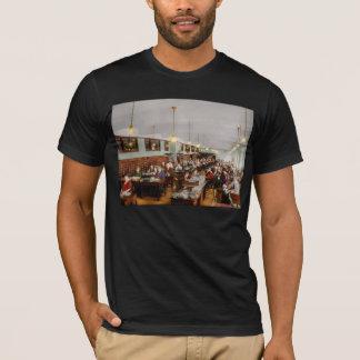 Accountant - Workaholic 1923 T-Shirt