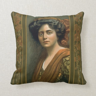 Actress Maxine Elliott 1905 Throw Pillow