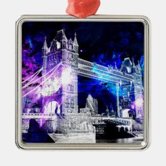 Ad Amorem Amisi London Dreams Metal Ornament