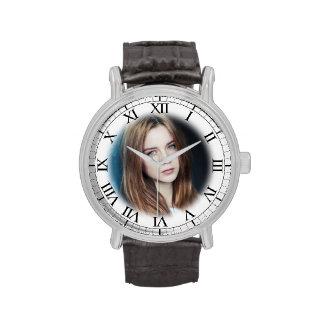 Add Your Girlfriend s Photo to Your Wrist Watch