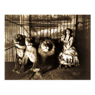 Adjie and the Lions 1899 Vintage Circus Postcard