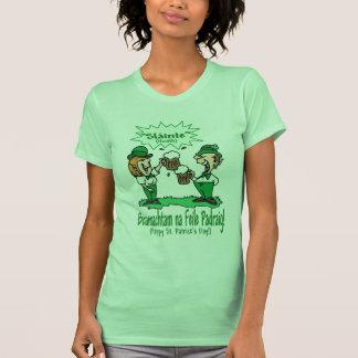 ADORABLE BEANNACHTAM NA FEILE PADEAIG WISHES! T-Shirt
