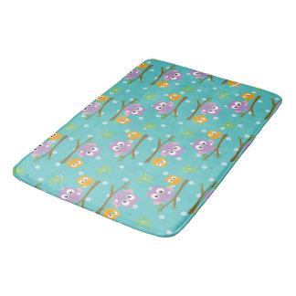 Adorable Cartoon Style Owls on Branch Print Bath Mat