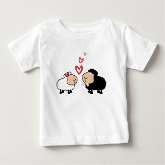 Adorable cute funny cartoon sheep in love baby T-Shirt