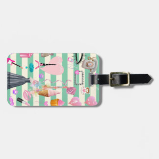Adorable Fashion,Paris,Hearts Pattern Luggage Tag