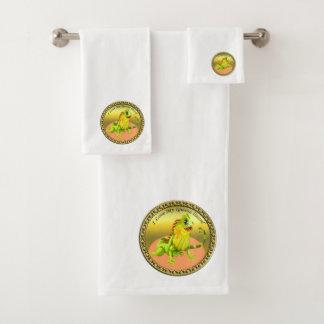 Adorable Gold green happy nature iguana lizard Bath Towel Set