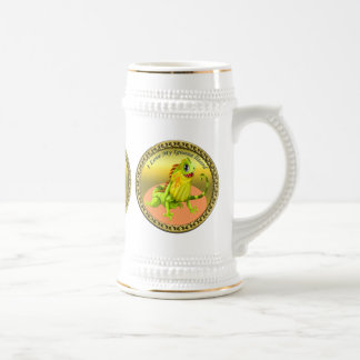 Adorable Gold green happy nature iguana lizard Beer Stein