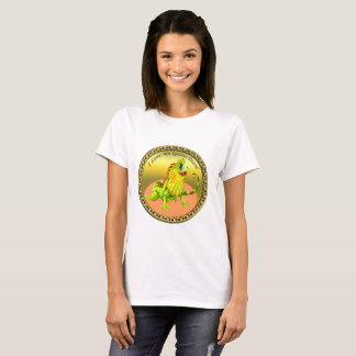 Adorable Gold green happy nature iguana lizard T-Shirt