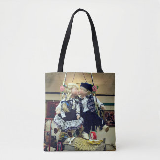 Adorable Kissing Dolls Swinging Vintage Tote