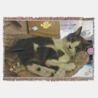 Adorable Playful Cat Picture Throw Blanket