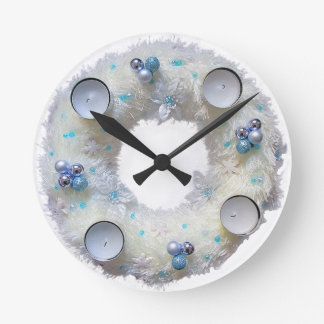 advent wreath round clock