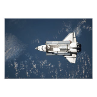 Aerial view of Space Shuttle Discovery 3 Art Photo