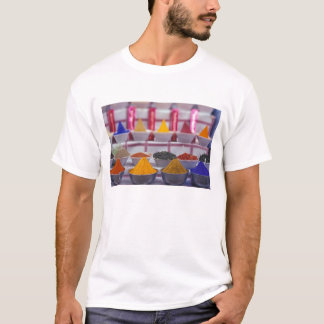 AF, Egypt, Aswan, Colorful spices in market. T-Shirt
