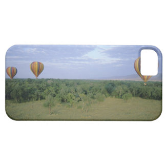 Africa, Kenya, Masai Mara National Preserve, 2 iPhone 5 Covers