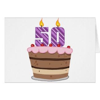 Âge 50 sur le gâteau d'anniversaire carte de vœux