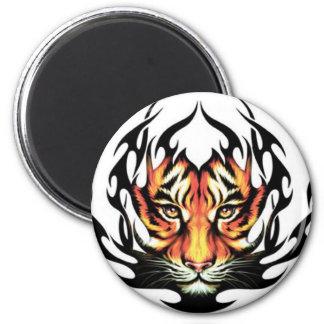Aimant tribal de tatouage de tigre