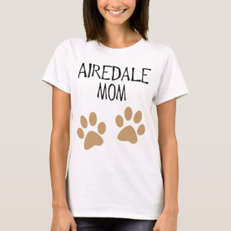 airdale mom big pawprints T-Shirt