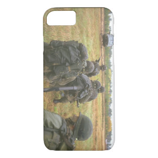 Airmobile exercise_Military Aircraft iPhone 7 Case
