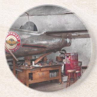Airplane - The repair hanger Coaster