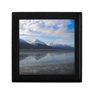 Alaska mountains5 gift box