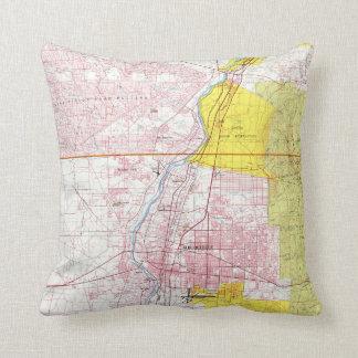 Albuquerque New Mexico Map (1798) Throw Pillow