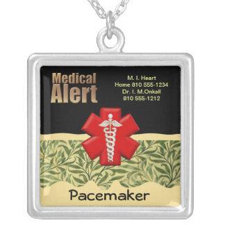 Alerte médicale faite sur commande pendentif carré